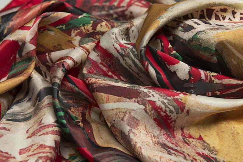 "Square neck scarf ""Confession""- img. 3"