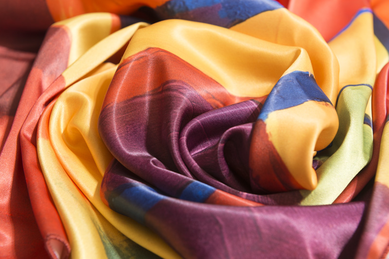 "Square neck scarf ""Autumn Alley"" - img. 3"