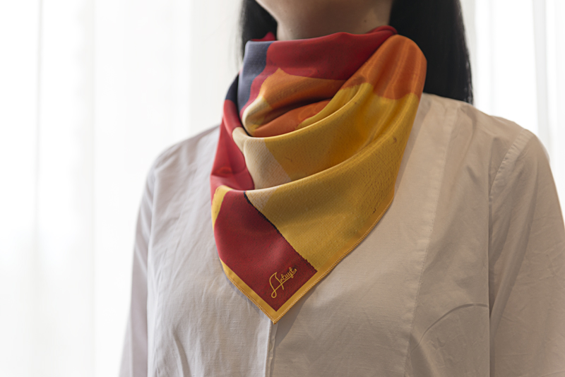 """Square neck scarf """"Red Background"""" - img.2"""