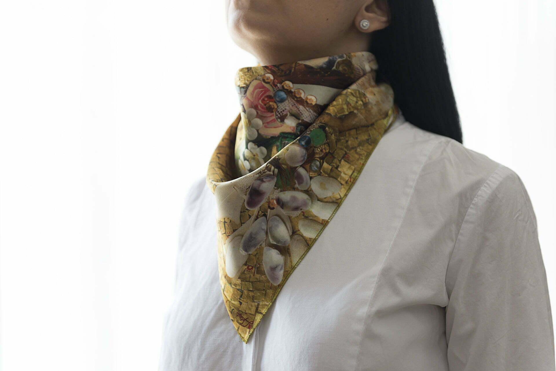 "Silk scarf ""Andersen's Birthday""- img. 2"