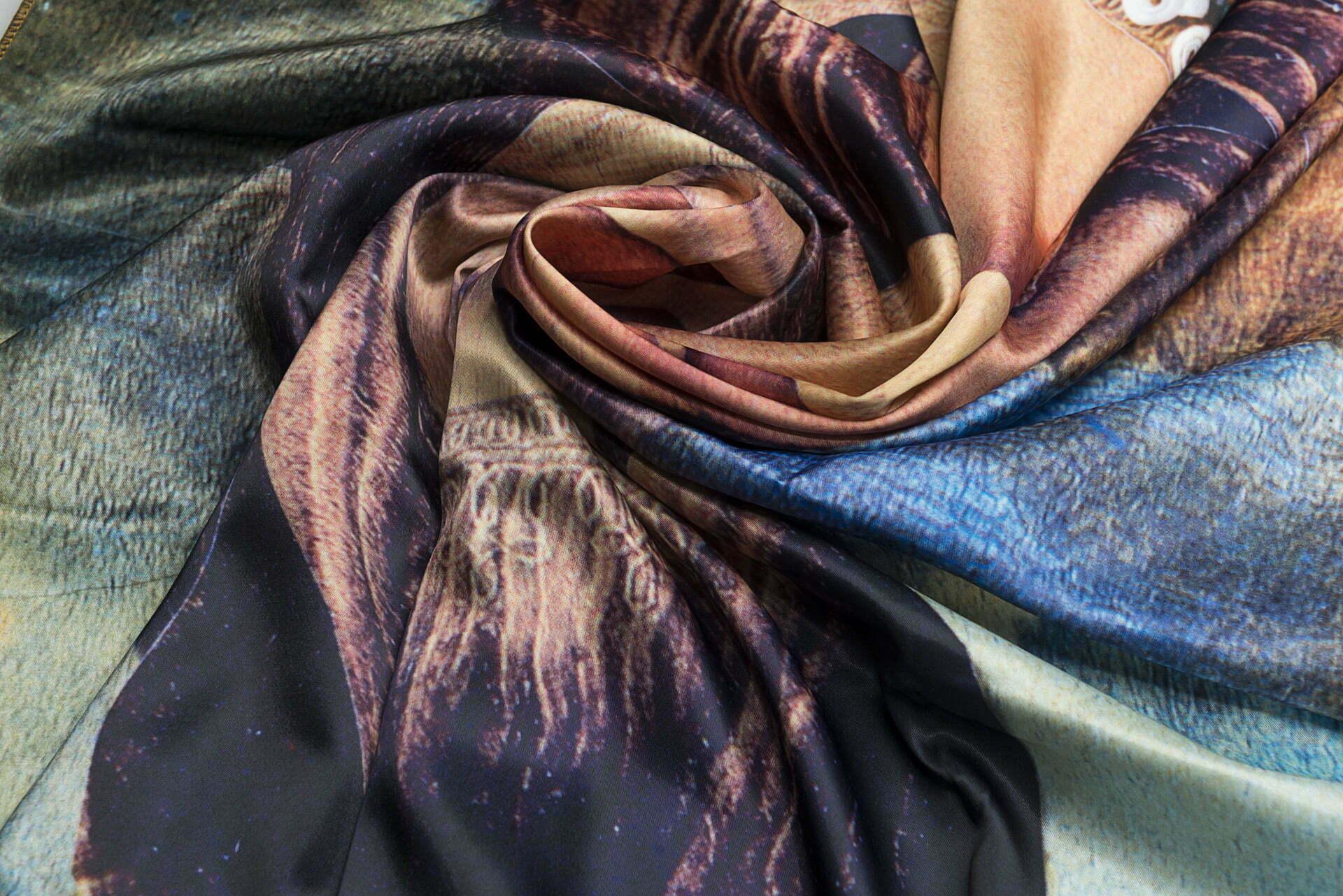 "Silk scarf ""Several episodes from Joconda's life""-img. 3"