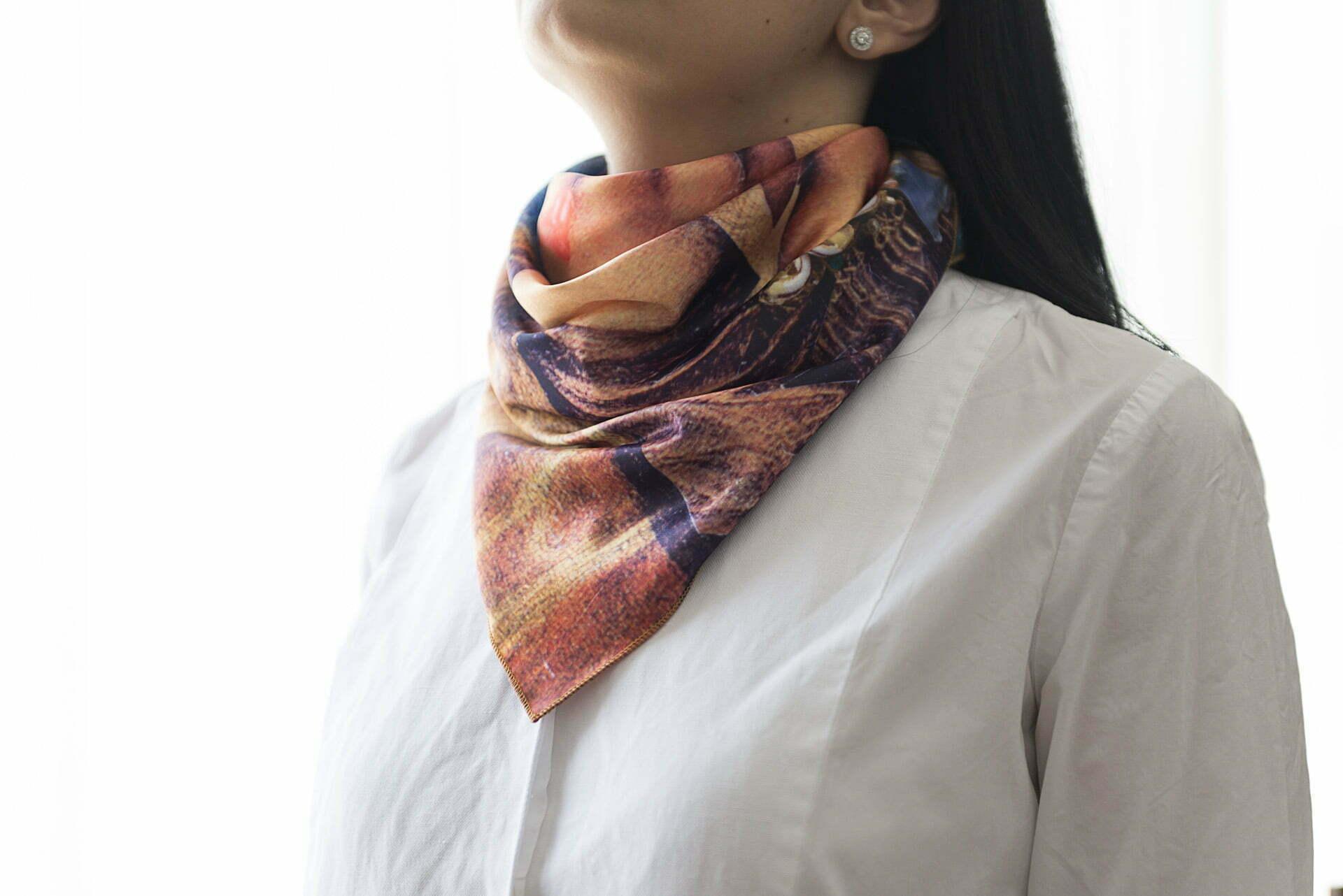 "Silk scarf ""Several episodes from Joconda's life""-img. 2"